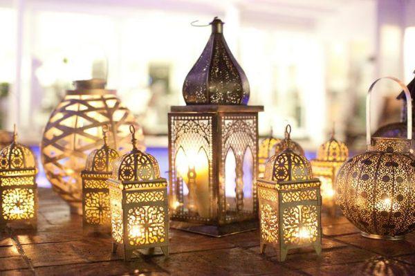 bronze-outdoor-lanterns