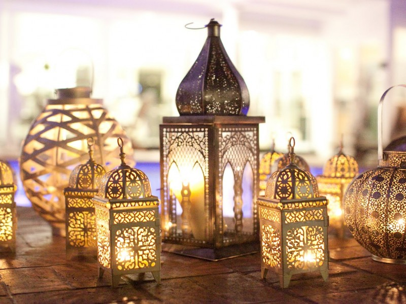 exterior-lantern-lights