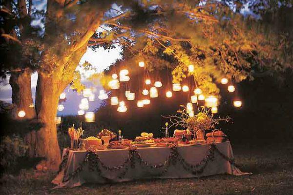 garden-party-decorations-glass-jar-lanterns