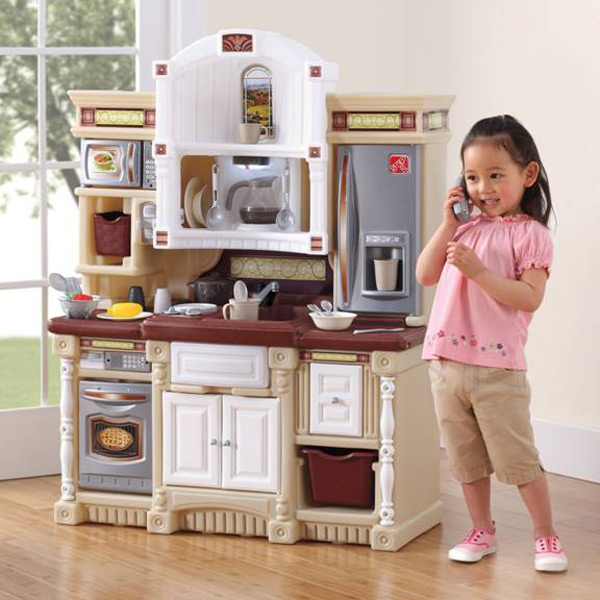 Pretend-Play-Kitchen-Creates