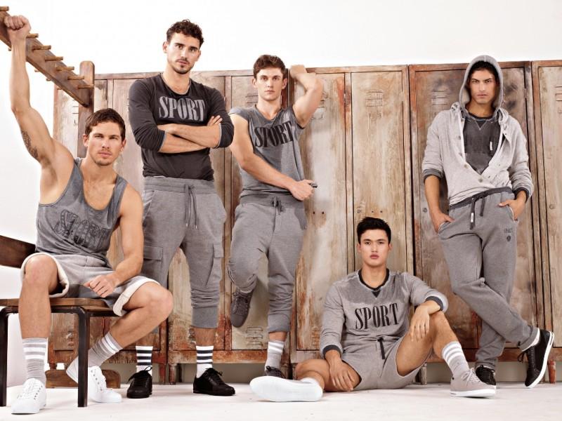 men-sportswear
