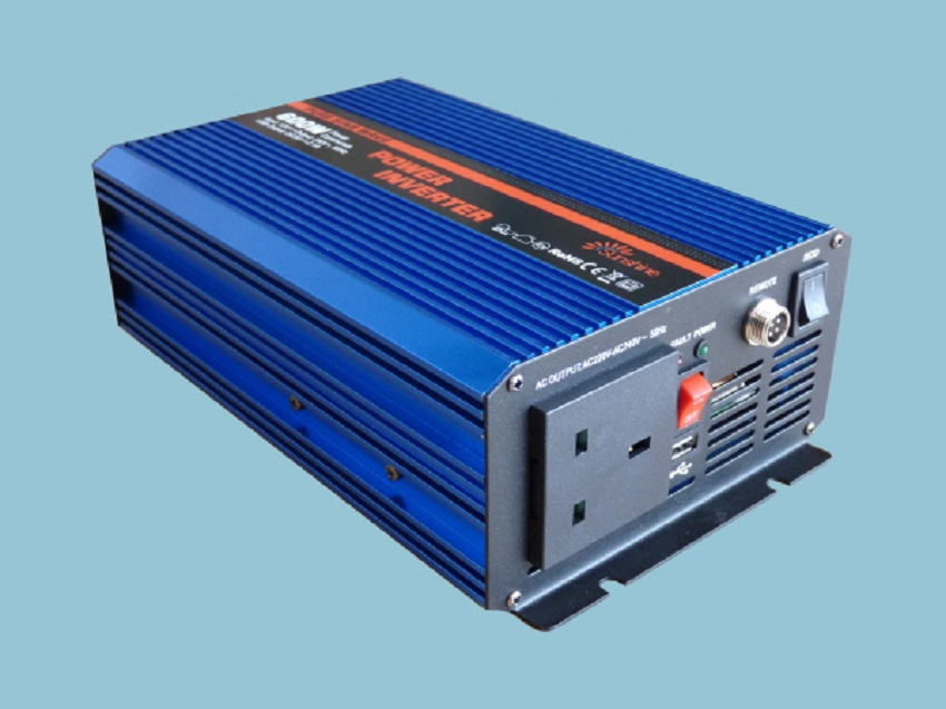 DC 12V to AC 240V power inverter