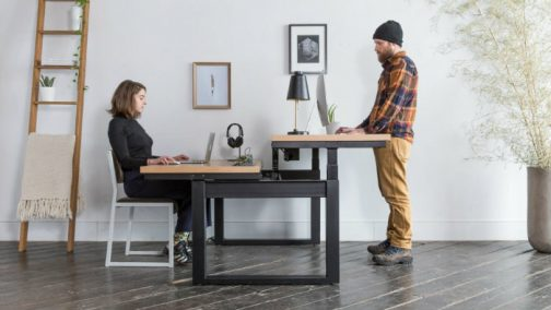 What-are-the-Benefits-of-a-Sit-Stand-Desk