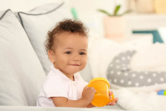 Transition-from-Breastfeeding-to-Sippy-Cup