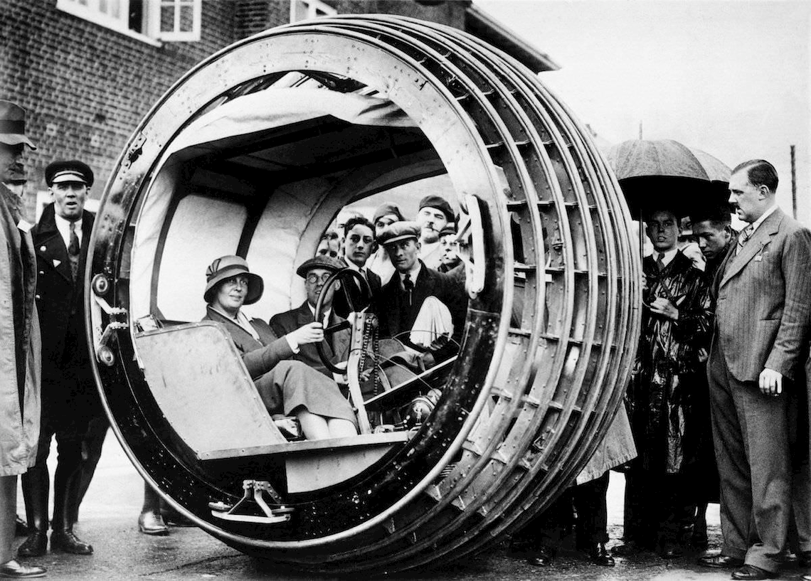The one-wheeled car that never made it