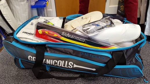 cricket-bags-size
