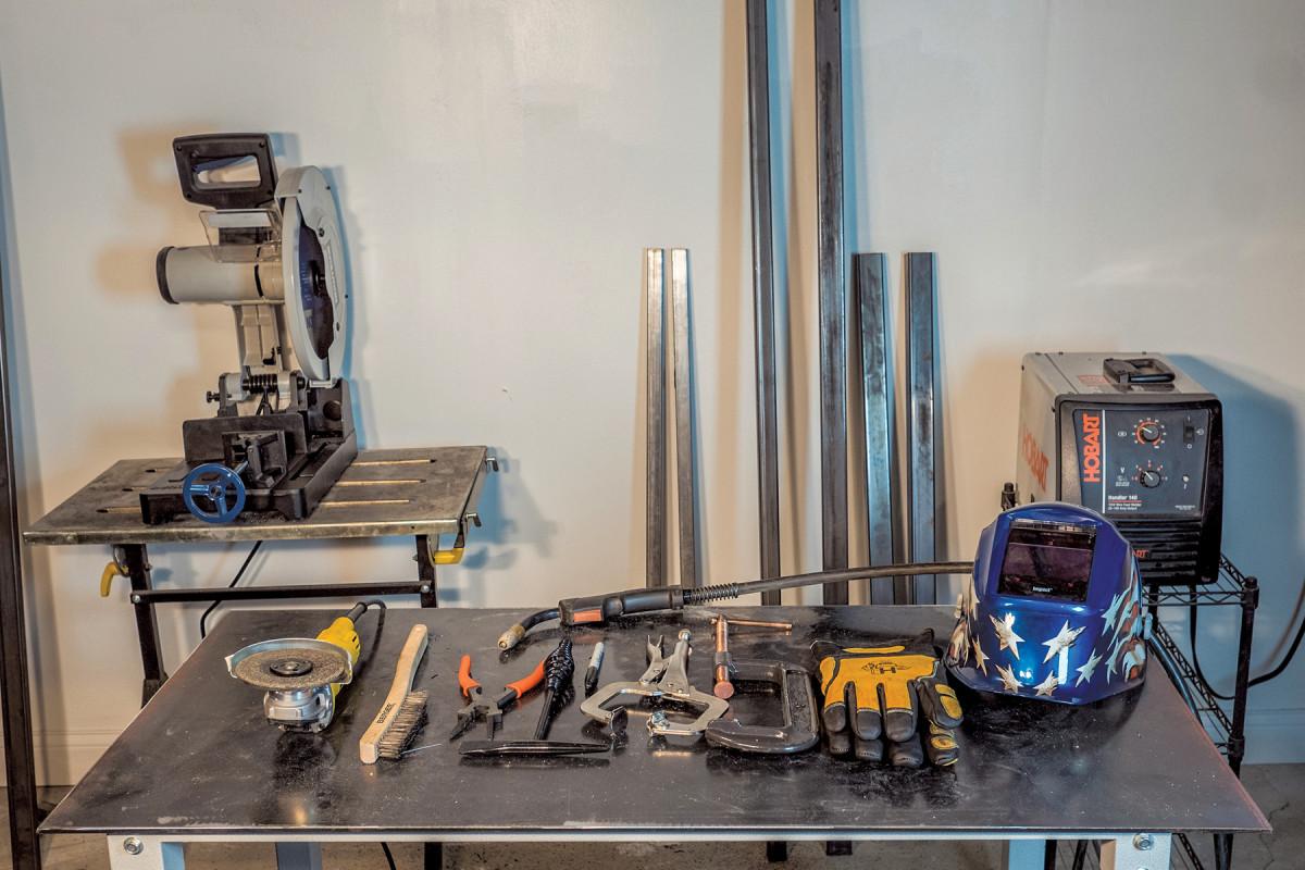 welding equipment metal workbench