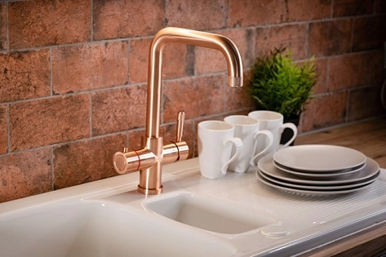 Kitchen-Pull-Out-Taps